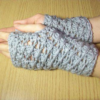 Cross-Over Long DC Fingerless Gloves | Free Crochet Pattern