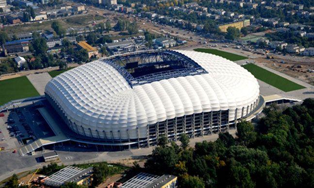 Estadio Municipal de Poznan (40.000 espectadores) - Ingrid Irribarren.