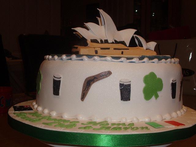 Sydney Opera House cake by Flickr user Murfie68