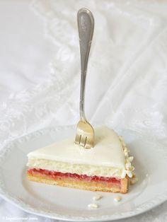 Milchreis-Erdbeer-Rhabarber-Tarte / La Pâticesse