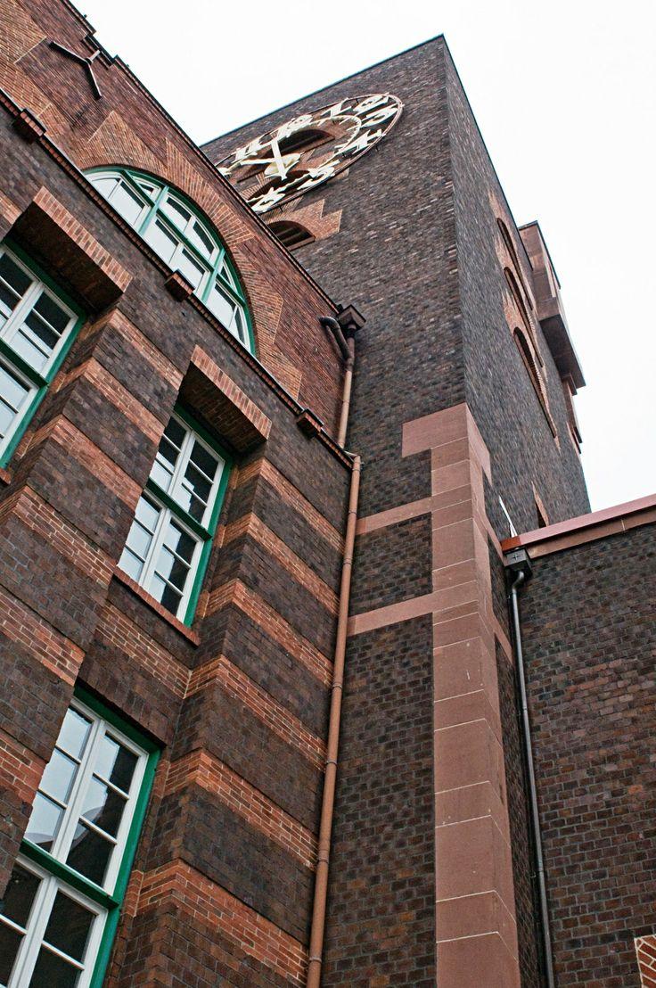 Peter Behrens - Industriepark Höchst, Turm und Uhr am Behrensbau
