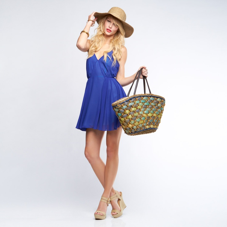 Love that tote! <3