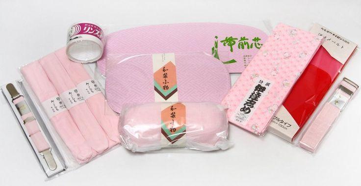 "・We will introduce a 11-piece set accessories necessary to ""Kitsuke"" dressing. ・The set includes: 3 sash bustle, front plate, rear plate, collar core, kimono belt, waist belt, waist cord, sash, magic belt. | eBay!"