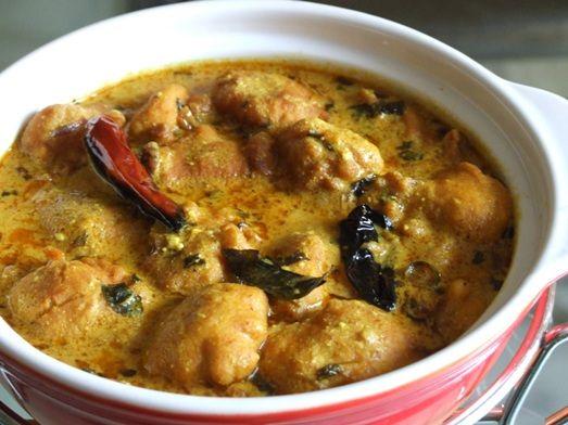 Pakistani Kadhi with Pakoras Recipe