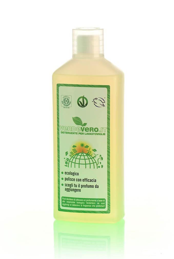 """Detergente lavastoviglie,acquistalo su www.acceleratorecommerciale.com.  Il prodotto contiene soltanto sali naturali e tensioattivi vegetali, non contiene sostanze """"asciuganti"""". Pertanto ti consigliamo di lasciare le stoviglie, le pentole e i piatti a sgocciolare all'interno della macchina per almeno un ora.  DOSAGGIO: PIATTI SPORCHI: 40 ml PIATTI MOLTO SPORCHI: 50 ml  Per la lista degli ingredienti consulta www.acceleratorecommerciale.com"""