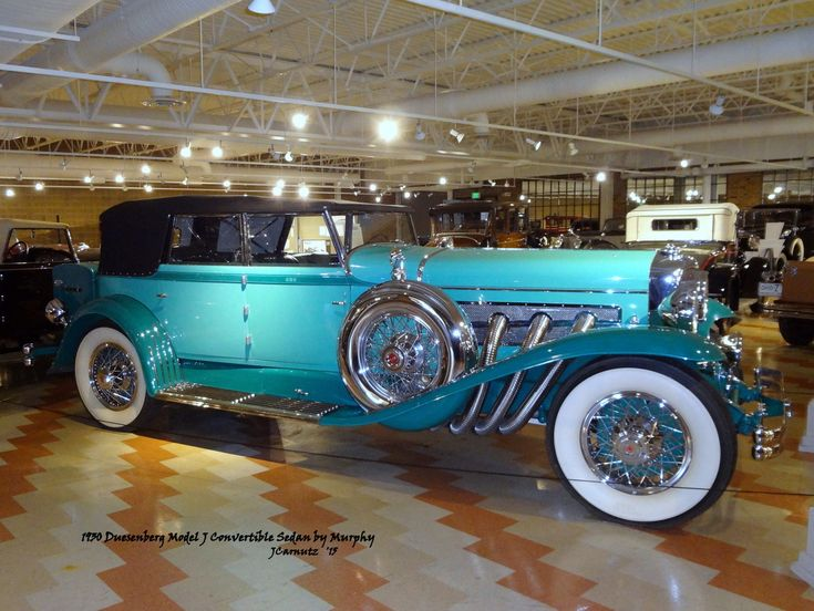 1930 Duesenberg Model J Convertible Sedan by Murphy 2015 Auburn-Cord-Duesenberg Automotive Museum