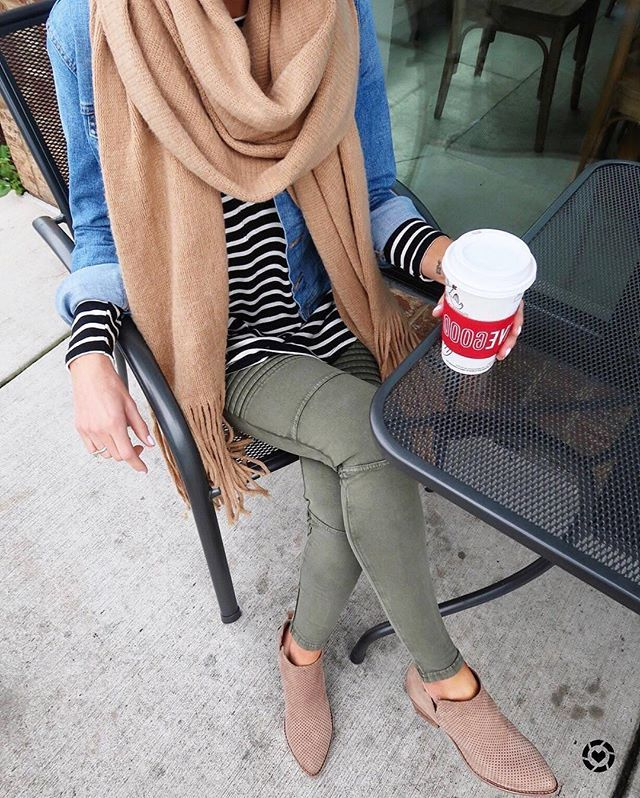 WEBSTA @liketoknow.it Monday morning coffee run calls for cozy classics a la  @loverlygrey's stripes and denim combo | Get ready-to-shop details by downloading the LIKetoKNOW.it app and taking a screenshot or 'like' this pic | http://liketk.it/2u2hm
