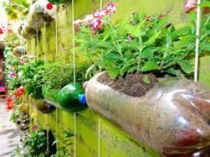 Como reutilizar garrafas de plástico