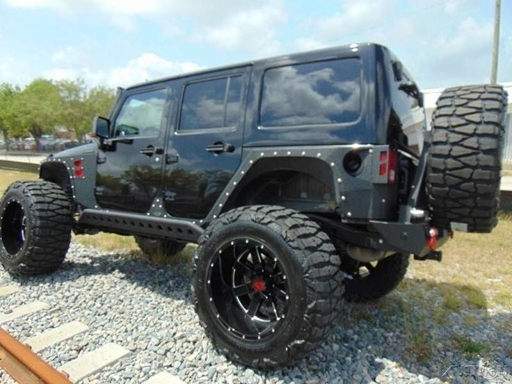 2015 Jeep Wrangler Sahara 4×4 | Monster trucks for sale