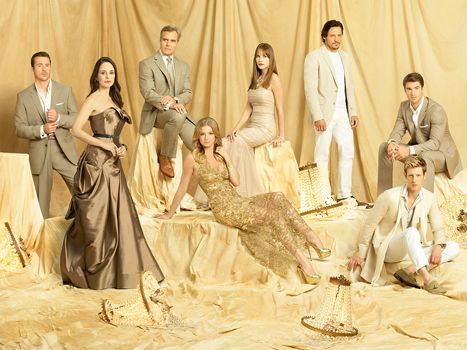 Revenge Cast Reacts to Cancellation: Emily VanCamp, Costars Tweet - Us Weekly