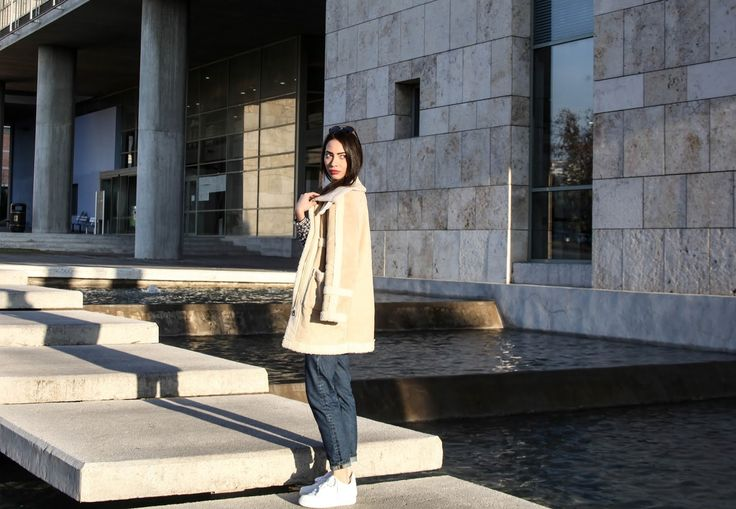 Christy and the city: THE BEIGE AVIATOR JACKET