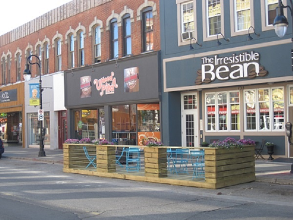 Pop-up patio at The Irresistible Bean http://www.irresistiblebean.com/ 108 St. Paul Street, Downtown St. Catharines