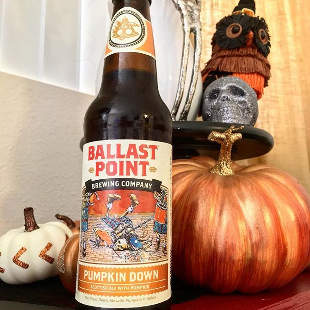 They said it would be cooler this weekend, but I'll pretend it is lol. 🍻 #ballastpoint #pumpkindown #sandiegobeer #freakinweekend #sandiego #sandiegoconnection #sdlocals #sandiegolocals - posted by LACEY 🖤 ʟᴀᴄᴇ & ʟᴀᴄǫᴜᴇʀs https://www.instagram.com/lacerz. See more San Diego Beer at http://sdconnection.com