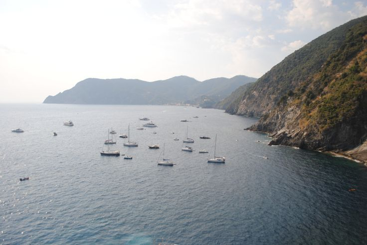 """lexgogh: """" Cinque Terre For a Day It is the perfect time to go to Cinque Terre, especially in this late Italian summer heat and boy oh boy is it humid y'all. These 5 beach towns appeal very much to tourists and I'm pretty sure the ratio of Italians..."""