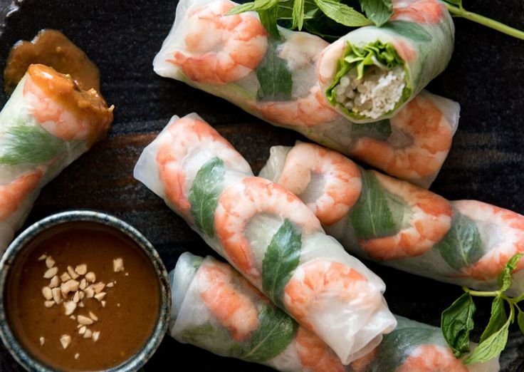 Feel like staying at home but still want to have fun together? Make Vietnamese Rice Paper Rolls! Check out our Couples Cooking Ideas which are easy, inexpensive, flexible and absolutely fun to make!  #funathome #couplescookingideas #funinthekitchen #couplescooking #cookathome #cookingathome #Vietnamesericepaperroll #coldrolls #ricepaperrolls #freshfood #lightmeal
