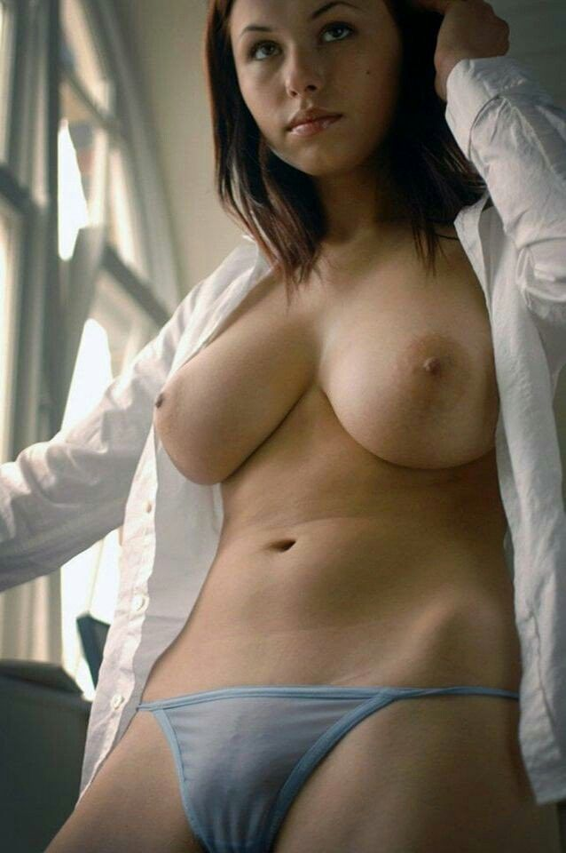 Natural boobs pics naked