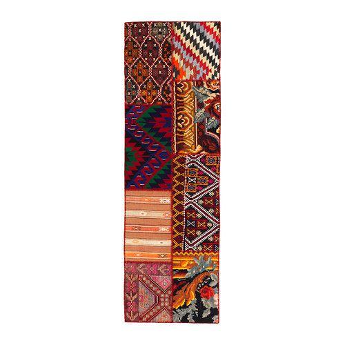 IKEA - SILKEBORG, Tappeto, tessitura piatta, kilim, , Questo tappeto è unico perché realizzato con ritagli di vecchi tappeti turchi tradizionali, fatti a mano.</t><t>I vecchi ritagli vengono lavati, tinti nuovamente e cuciti tra loro per creare un nuovo tappeto.