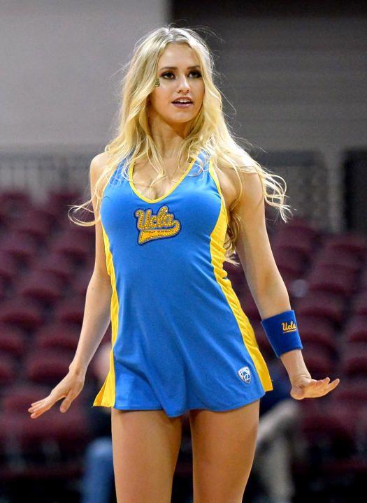 Sexy hot college cheerleaders — img 6