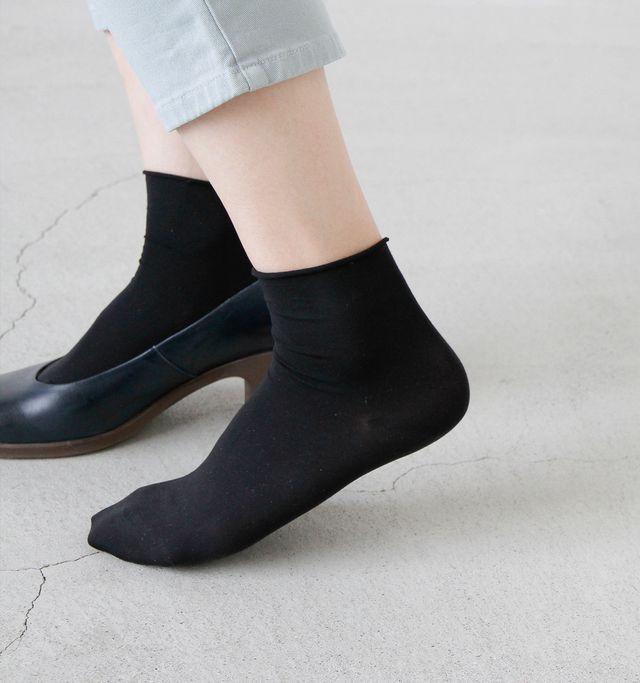 """FALKE(ファルケ)の靴下「FALKE│コットンタッチ ショートソックス""""COTTON TOUCH SHORT"""" 47539-rf」をPiu di aranciato(ピウディアランチェート)で購入できます。暮らしを素敵にするモノを集めたショッピングモール、キナリノモール。"""