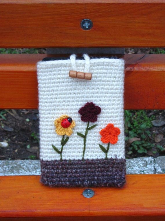 Crocheting Gadgets : 1000+ images about Crochet for gadgets on Pinterest Ipad sleeve ...