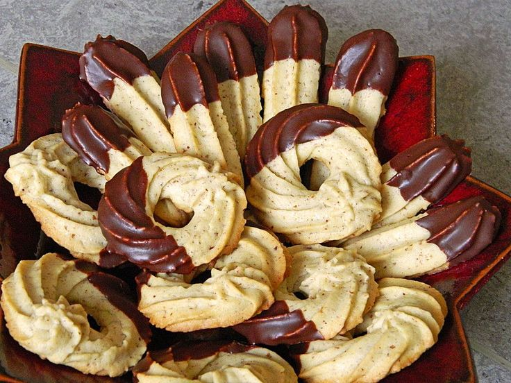 Mandel - Spritzgebäck, ein schönes Rezept aus der Kategorie Kekse & Plätzchen. Bewertungen: 19. Durchschnitt: Ø 4,2.