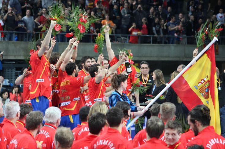 Hispanos en el podio (Foto Anesmar)