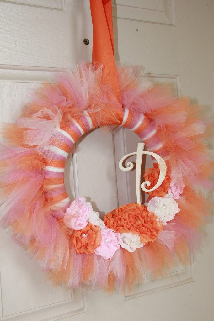 Tulle Wreath - perfect for a tutu-themed party!: Tulle Tutu, Birthday Parties, Tutu Wreaths, Tulle Decorations, 2Nd Birthday, Tutu Ideas, Wreaths Decor, Peaches Tulle, Pink Tulle Wreaths