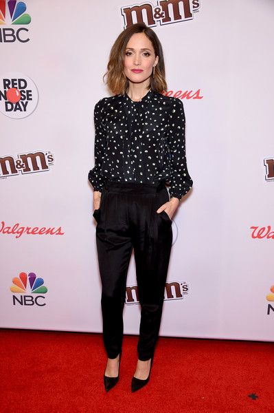 Rose Byrne Photos - Rose Byrne attends the Red Nose Day Charity Event at Hammerstein Ballroom on May 21, 2015 in New York City. - Red Nose Day Charity Event