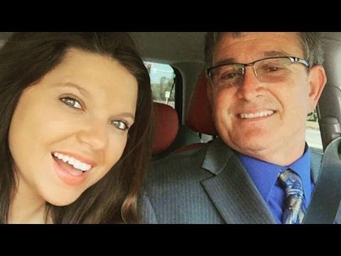 Duggar Family Blog: Updates Pictures Jim Bob Michelle Duggar Jill and Jessa Counting On 19 Kids TLC: Devastating News from Cousin Amy