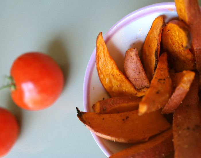 Bakte søtpoteter med salt og pepper smaker himmelsk