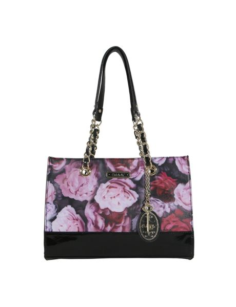 This tote bag has a gorgeous winter floral pattern accentuated with chic patent material and a chain detail shoulder strap. #NewandNow