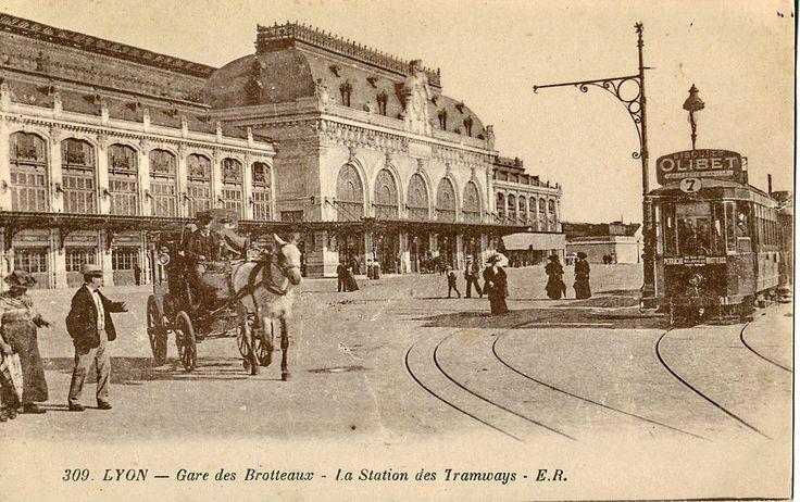 °Lyon - Carte postale de la gare des Brotteaux de 1926.