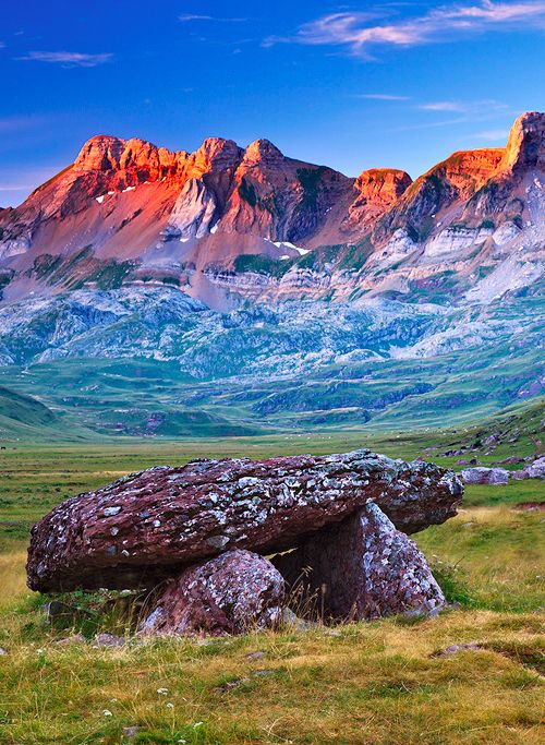 Pyrenees, Aquitaine, France | Amazing Pictures