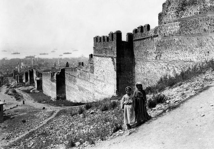 Τα Κάστρα και η πόλη το 1916
