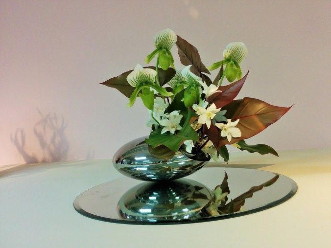 ikebana, japanese flower arrangement