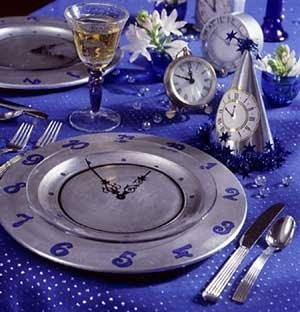 New years eve party platesNewyears, Tables Sets, Clocks Face, New Years Parties, Eve Parties, Parties Ideas, Places, Parties Plates, New Years Eve