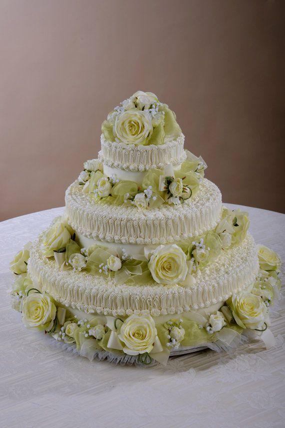 Decorazioni a ghirlanda e topper per torta 3 piani di ILFIORDALISO, €135.00