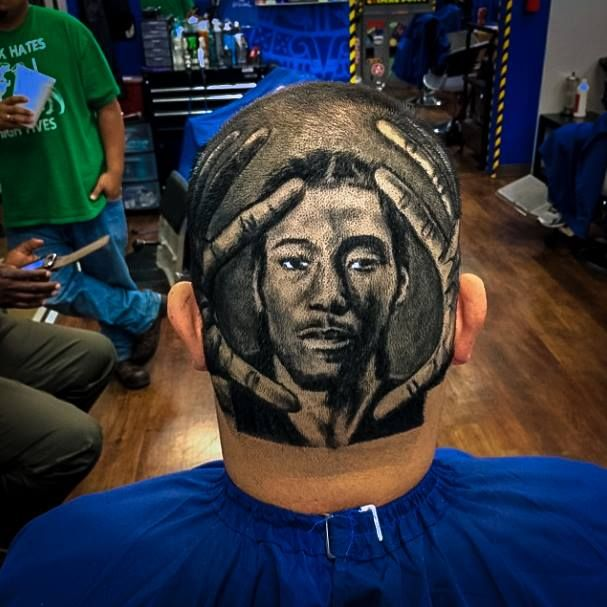 Amazing Pictures Of Professional Barber Skills