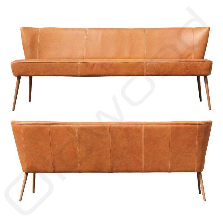 Inmiddels een klassieker; de bench Dolly. De bank heeft een leuke twist door het stoere leder. <br /> Verkrijgbaar in verschillende ledersoorten en afmetingen.<br /> Poten in noten of eiken. <br /> Doordat een los hoekstuk verkrijgbaar is, is er ook een te gekke hoekban