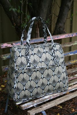 England Street Quilts: Amy Butler Weekender Bag - Done!!