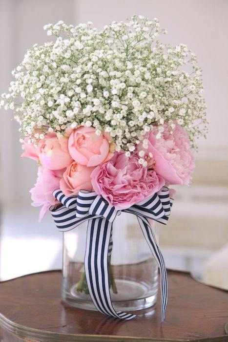 かすみ草ブーケ/ストライプリボン/花どうらく/ブーケ/http://www.hanadouraku.com/bouquet/wedding/