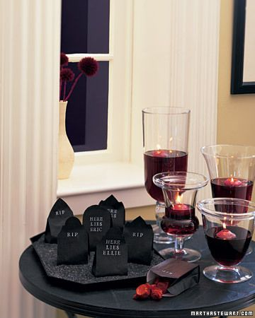 Halloween decorating ideas: Candy-Filled Place Cards