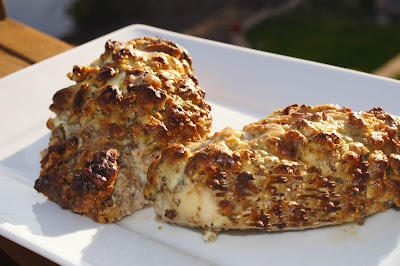 Pecan & Goat Cheese Crusted Chicken: Maine Dishes, Pecans Chicken, Raw Pecans, Chee Crusts, Crusts Chicken, Goats Cheese, Crusted Chicken, Goat Cheese, Cheese Crusts