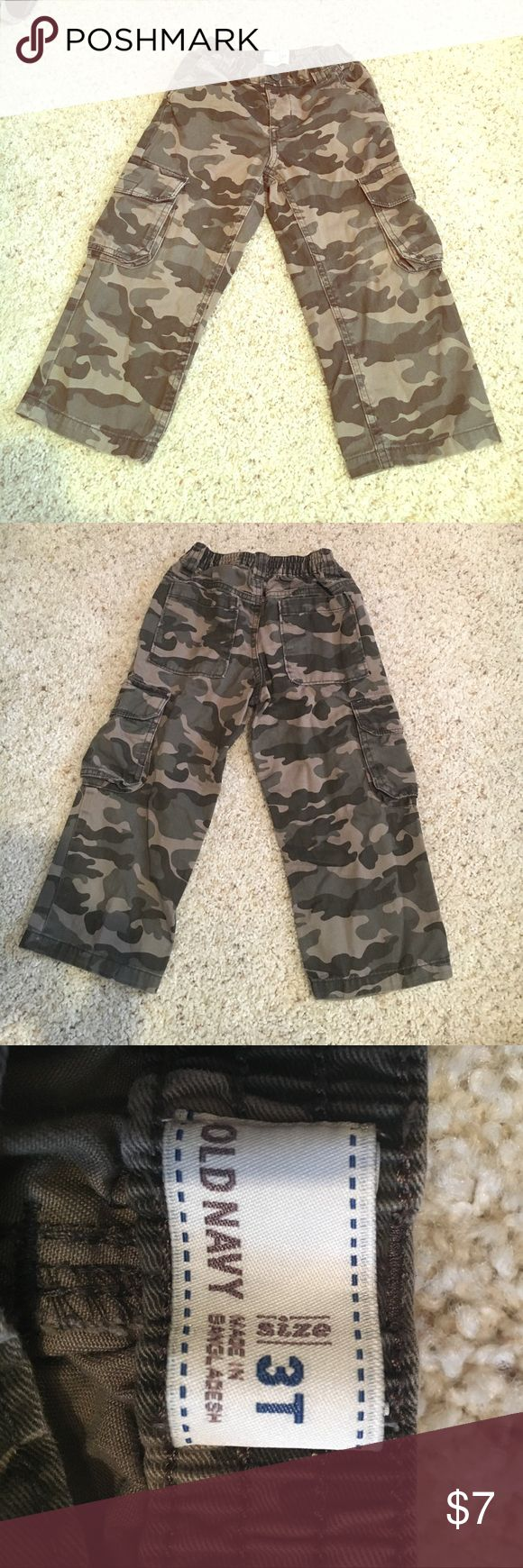 Old Navy Boys Camo Pants! Boys Old Navy Camouflage Cargo pants! Size 3T Old Navy Bottoms Casual