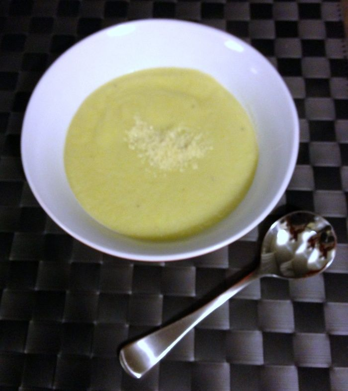 Serves 4 This is the first recipe I tried from the Thermomix Recipe Community and I'm sure it won't be the last! The turnip is the secret weapon in this soup, giving the dish a beautiful, creamy co…