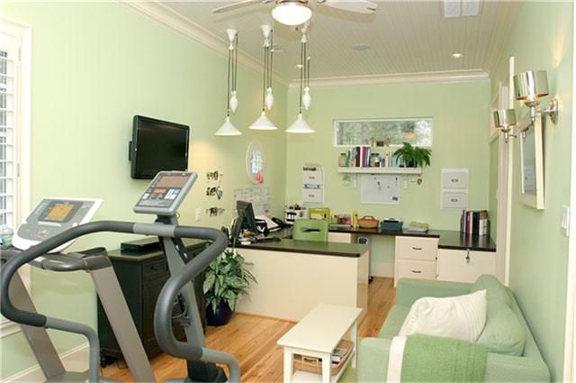 craft/workout room - this is exactly what I need!