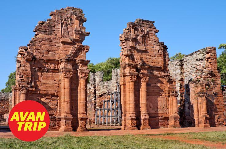 ¡Las Ruinas de las antiguas misiones jesuíticas fueron delcaradas Patrimonio de la Humanidad por la UNESCO! Están muy cerca de Posadas en Misiones…  Las más importante para conocer son las de San Ignacio de Mini, pero no nos podemos olvidar las de Santa Ana y Loreto.