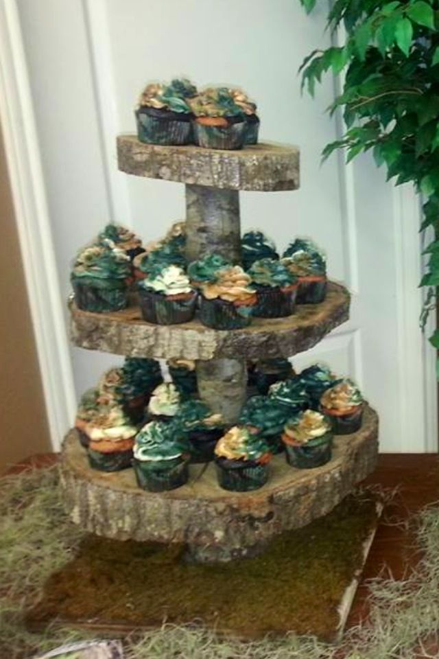 camouflage party | Camo Cupcakes made by Me | Party layouts