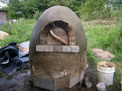 Build Your Own $20 Outdoor Cob Oven for Great Bread and Pizza