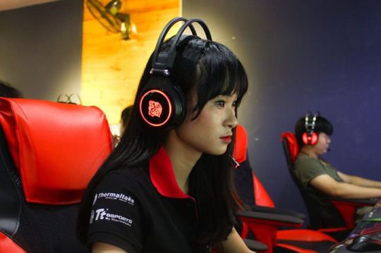 Shoutout to our Vietnam sponsored team Legends of Cats gaming team #TteSPORTS #CRONOSAD